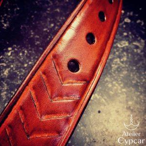 Ceinture en cuir repoussée couleur cognac