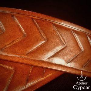 Ceinture en cuir repoussée couleur miel